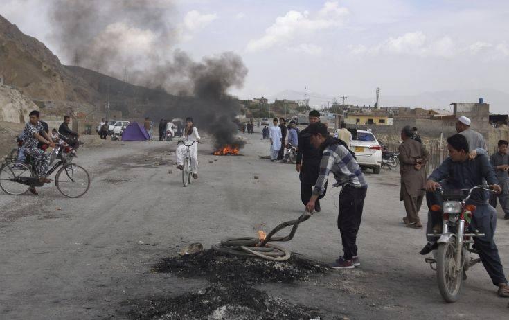 Το Ισλαμικό Κράτος ανέλαβε την ευθύνη για πολύνεκρη επίθεση στο Πακιστάν – Newsbeast