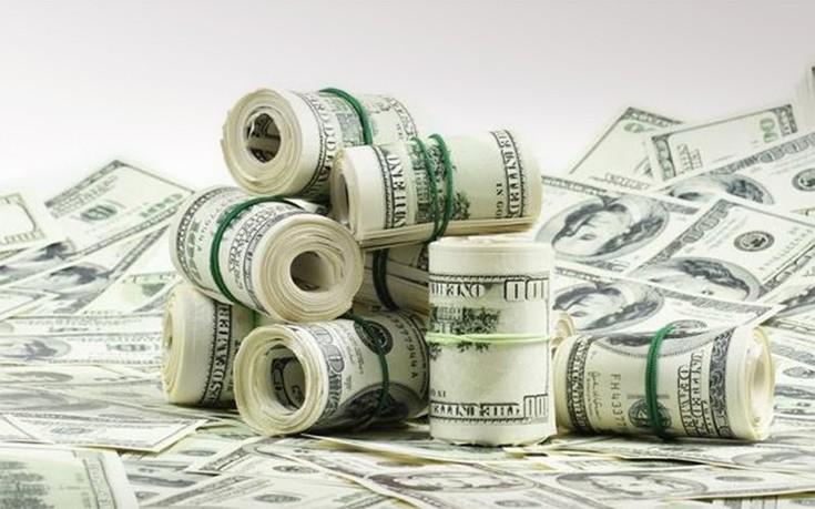 «Ο διευθύνων σύμβουλος μεγάλης εταιρείας κερδίζει 1.400 φορές περισσότερα από τον μέσο εργαζόμενό της»