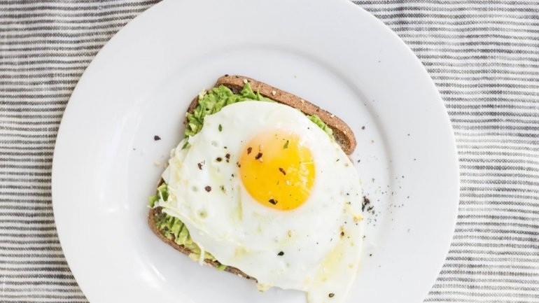 H κατανάλωση αυγών δεν αυξάνει τον κίνδυνο εγκεφαλικού επεισοδίου
