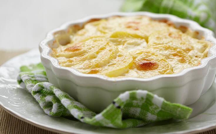 Πατάτες ογκρατέν με τυριά και κρέμα γάλακτος – Newsbeast